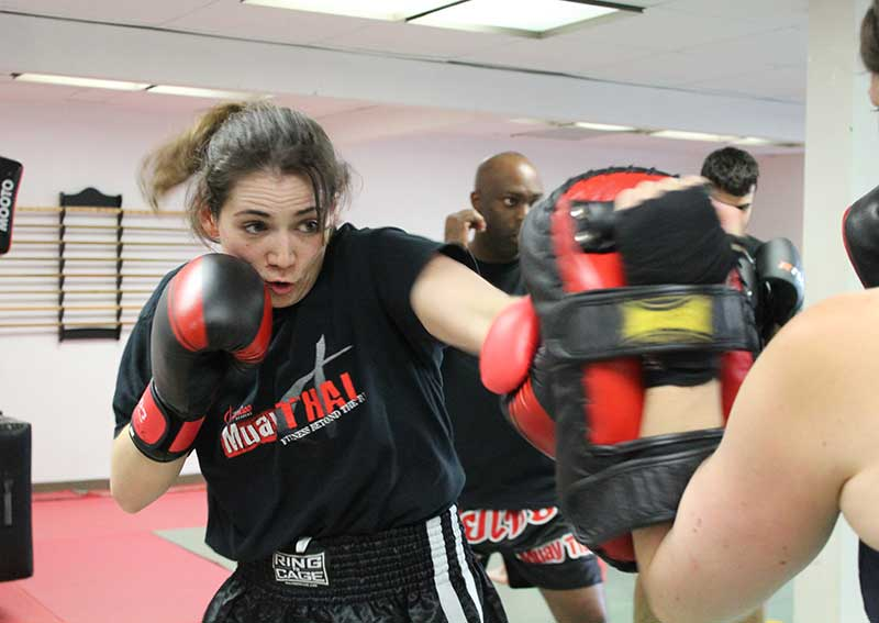 toronto women training muay thai