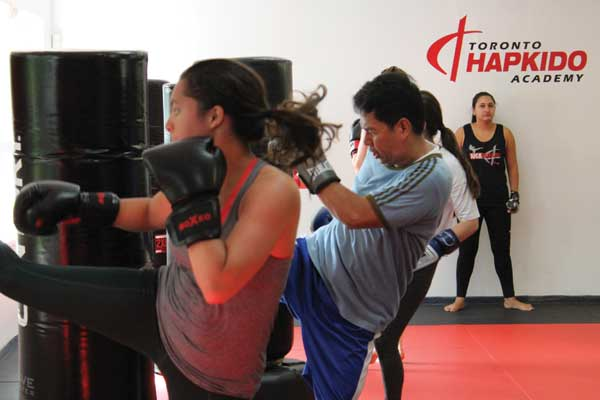 toronto kickboxing school